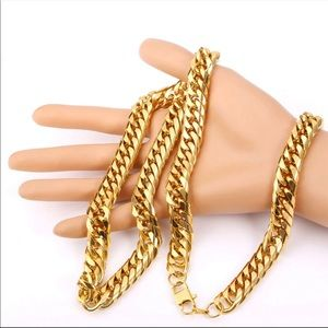 Other - 13MM New 18K gold chain/ necklace